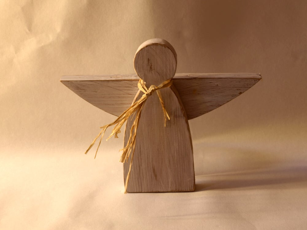 desqa-angelo-01